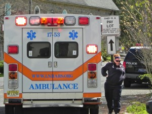 New Hope Police and paramedics respond to emergency call on West Mechanic Street April 17. Everything turned out okay. (Photo: Charlie Sahner)