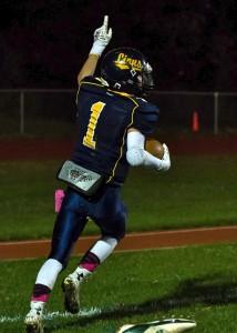 Lion Blake Hildebrandt celebrates his touchdown against Lower Moreland (Photo: Ed Skoroda)
