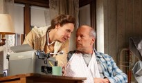 Laurie Mercalf and Bruce Willis in Misery (Photo: Joan Marcus)