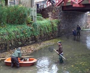 dcnr workers near ferry street bridge