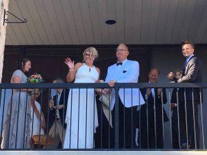 wedding-balcony