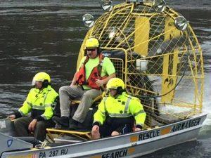 yellow-water-boat